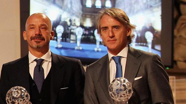 """Mancini: """"Vialli è un fratello, lo ammiro per la sua forza. L'Italia risolverà il problema del gol"""""""