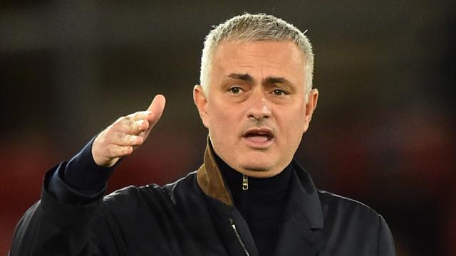 """Jose's at that 'fire me now' stage"": Fans react to Man Utd team"