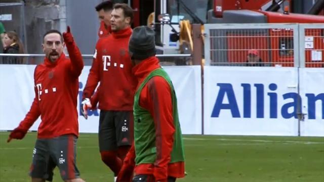 Jubel-Ausraster! Ribéry geht im Bayern-Training ab