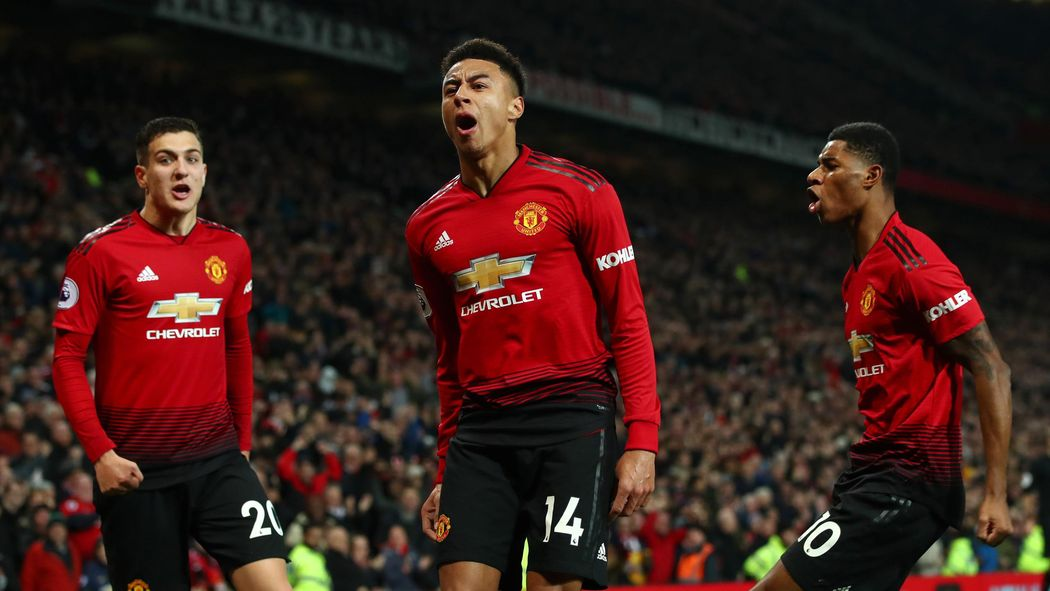 39e86f22f8c Football news - Roy Keane and Gary Neville hit out at Lingard for clothing  brand - Premier League 2018-2019 - Football - Eurosport UK