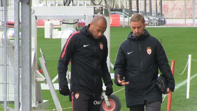 """17e j. - Vieira : """"Beaucoup de respect avec Henry"""""""