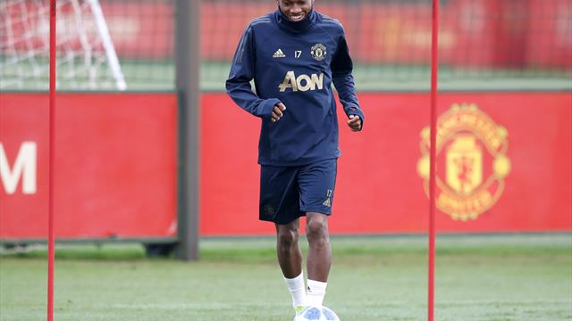 Mourinho jumps to Fred's defence