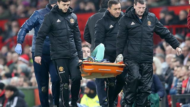Holding to miss rest of season with knee ligament injury