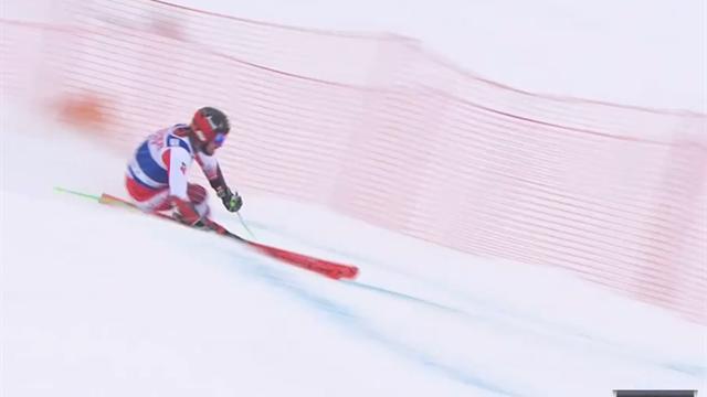 Hirscher fährt zur Bestzeit  im 1. Lauf beim Riesenslalom von Val d'Isère