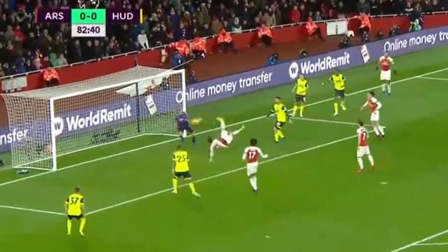 Торрейра шикарной бисиклетой продлил беспроигрышную серию «Арсенала» до 21 матча