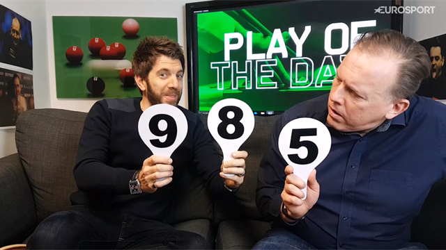 Play of the Day: Ronnie O'Sullivan wows as fan makes speedy exit