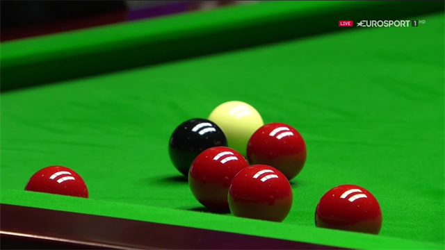 O'Sullivan twice misses ball he can hit straight on