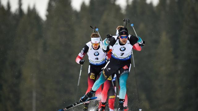 Boe porte la Norvège vers la victoire, les Bleus sur le podium