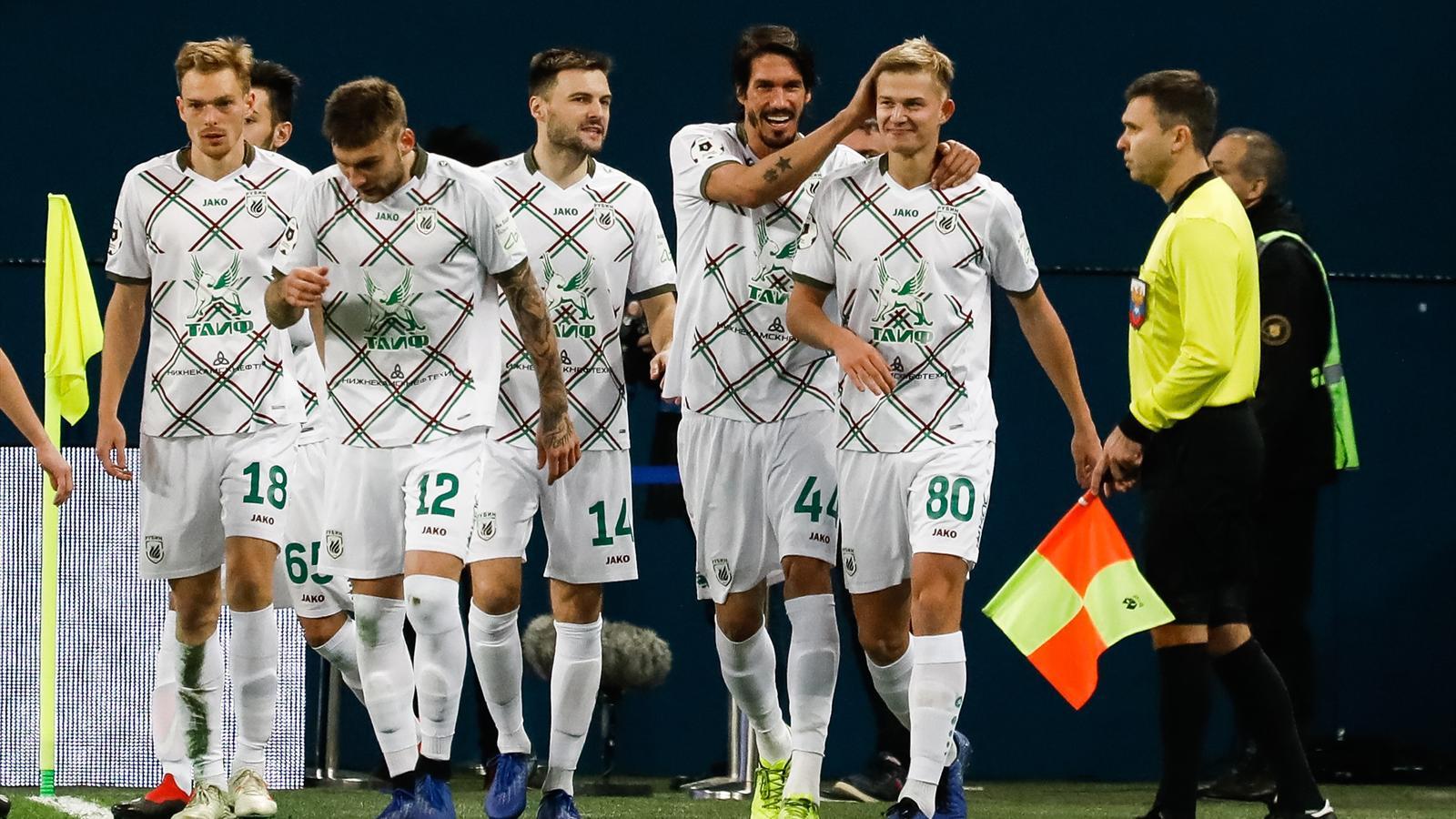 La Gazzetta dello Sport: Месси, Салах, Левандовский и Сорокин - в символической сборной недели