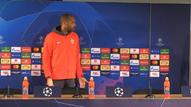 Monaco - Henry et les bonnes manières