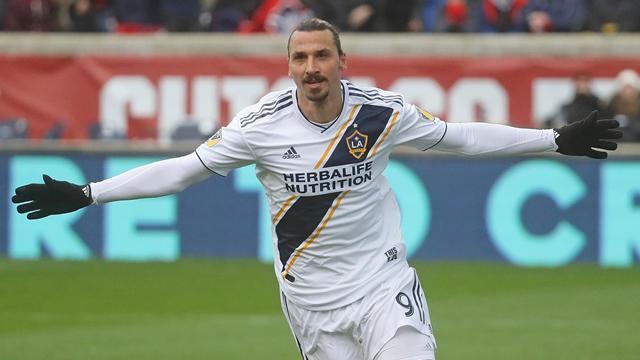 Officiellt: Zlatan skriver nytt kontrakt - blir designated player