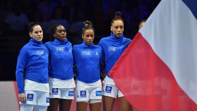 """Les Bleues touchent leur """"rêve de Bercy"""""""