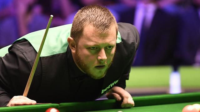 Defending champion Allen loses Masters opener, Day fightback knocks out Higgins