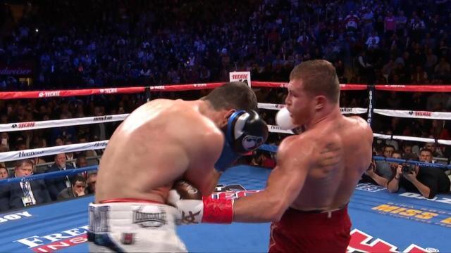 WBA super-moyens - Canelo met Fielding à terre au 3e round