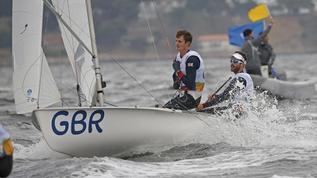 Delfinshow vor Segel-Weltcup im Olympia-Revier: Athleten und Weltverband beschämt