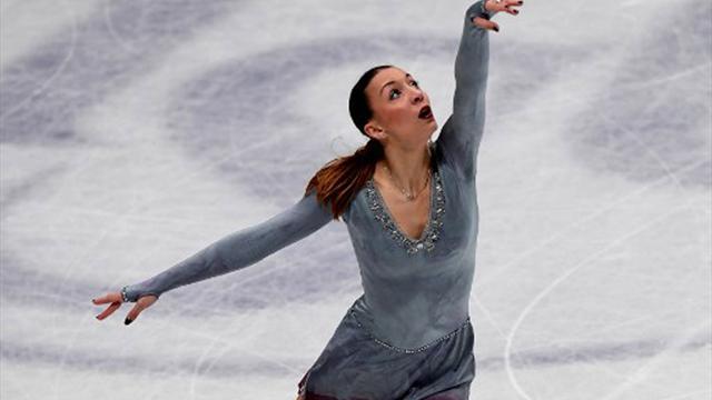 Eiskunstlauf-DM: Titelverteidigerin Schott nach Kurzprogramm vorn