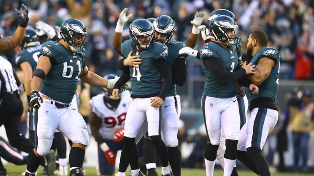 Eagles rally past Texans to keep play-off hopes alive