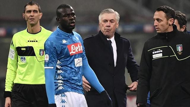 Naples a demandé l'arrêt du match pour cris racistes