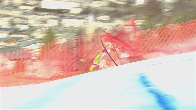 Жуткое падение словенского горнолыжника, которое лучше не смотреть слабонервным