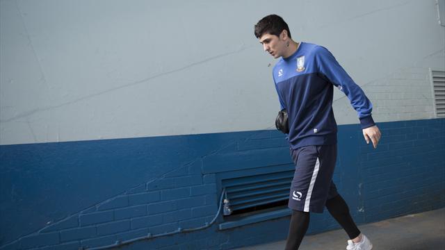 Arrest warrant issued for Sheffield Wednesday striker Fernando Forestieri
