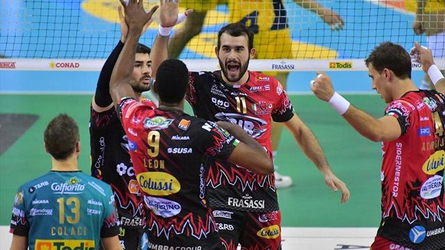 Perugia-Civitanova 3-1: i Block Devils vincono il big match e balzano in testa