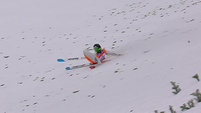 La mala fortuna vuelve a cebarse con Prevc tras caerse nuevamente en la clasificación de Garmisch