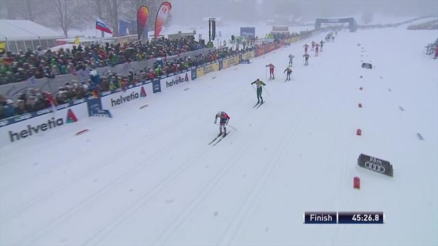 Устюгов сделал на последних секундах одного норвежца, но Иверсен оказался слишком силен