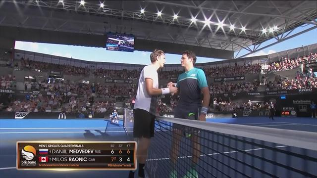 Medvedev beats Raonic to make semi-final