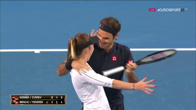 Match-point e abbraccio Federer-Bencic: la Svizzera vince la Hopman Cup