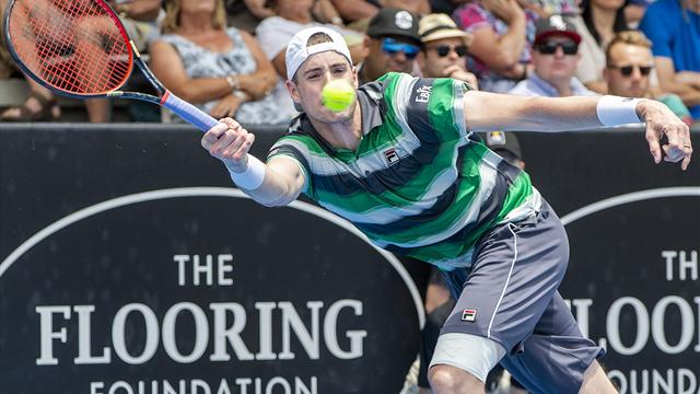 John Isner beaten by Taylor Fritz at ASB Classic