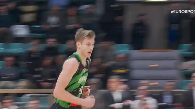 Luka Samanic brilla contro la Virtus Bologna! La NBA tiene d'occhio il croato classe 2000