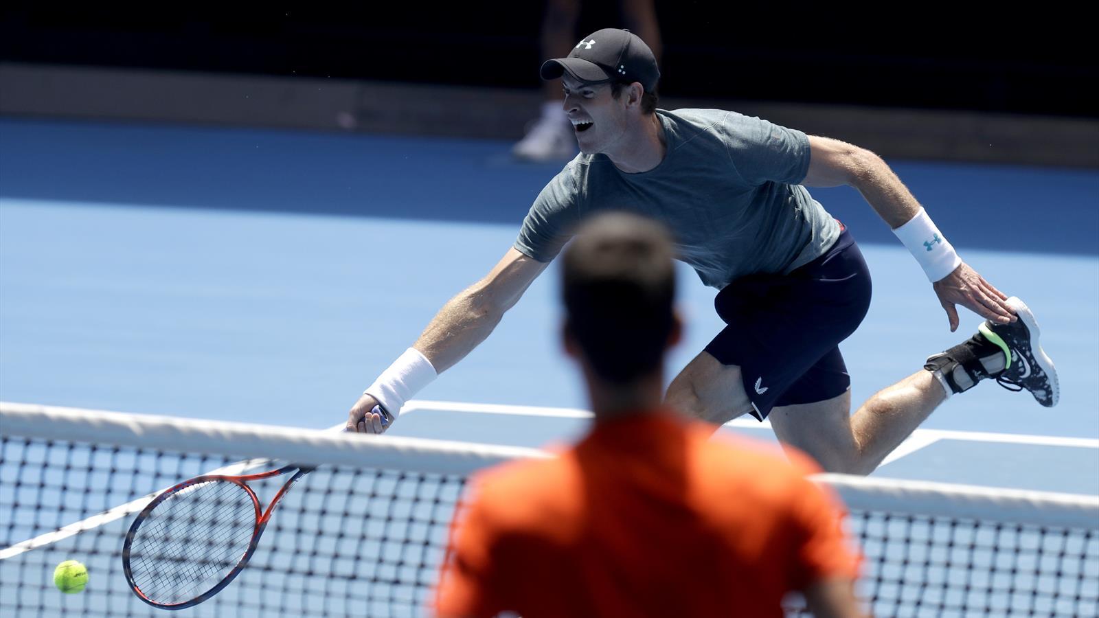 Murray's Australian Open bid dealt a blow after match ...
