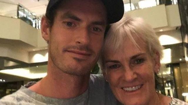 El emotivo y reconfortante final de Murray tras el día más duro de su carrera: un abrazo de su madre