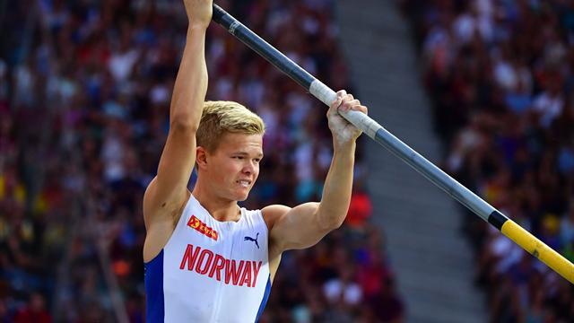 Норвежский атлет открыл руками 3 сосуда для допинг-тестов и не оставил следов