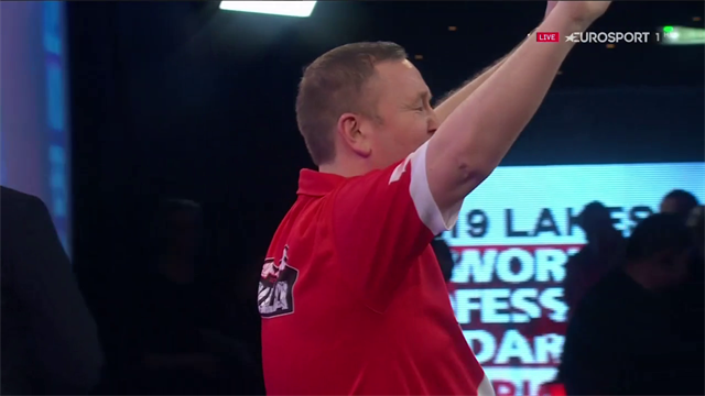 Durrant sets up Lakeside final with Scotty 2 Hotty