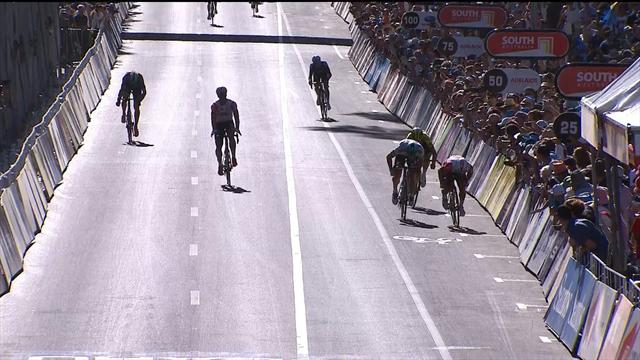 Ewan wins the Down Under Classic from Sagan after chaotic finish