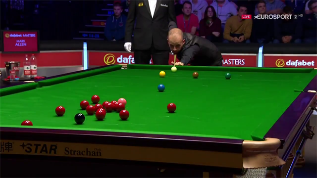 Luca Brecel's breathtaking long red
