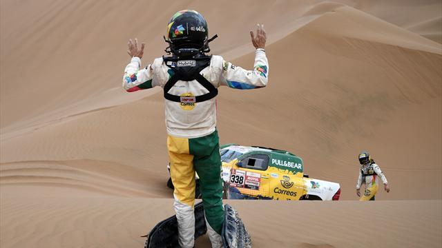 Jesús Calleja abandona el Dakar y su copiloto ha tenido que ser evacuado al hospital