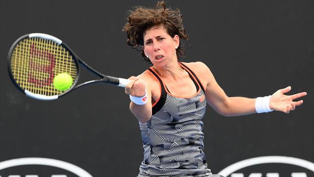 WTA Qatar, Kiki Bertens-Carla Suárez: De más a menos (2-6, 6-1 y 6-1)