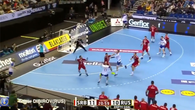 Сумасшедшие броски гандболиста сборной России потрясли соперников на ЧМ и весь мир