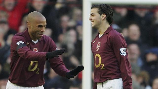 """Henry sur les débuts de Fabregas à Arsenal : """"Gilberto Silva et Vieira n'ont pas vu la balle"""""""