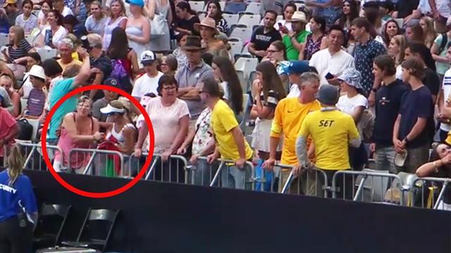 Fans streiten minutenlang um Stirnband, Ordner schreiten ein