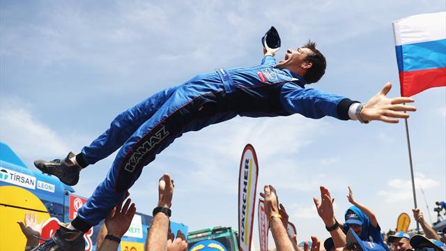Экипаж «КАМАЗ-Мастер» в рекордный 16-й раз выиграл «Дакар»