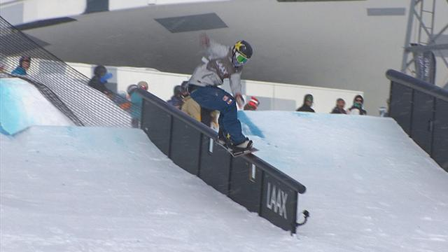 Chris Corning carves it up in Laax slopestyle final