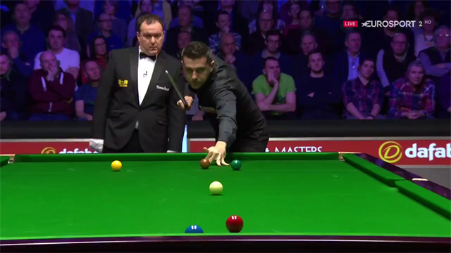 Tutorial - Jimmy White explains the delicacy of the slow swerve
