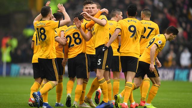 Wolves edge seven-goal thriller to beat Leicester in one of games of the season