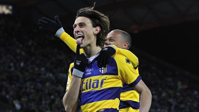 Premiata ditta Inglese e Gervinho: il Parma vince anche a Udine, 1-2 emiliano