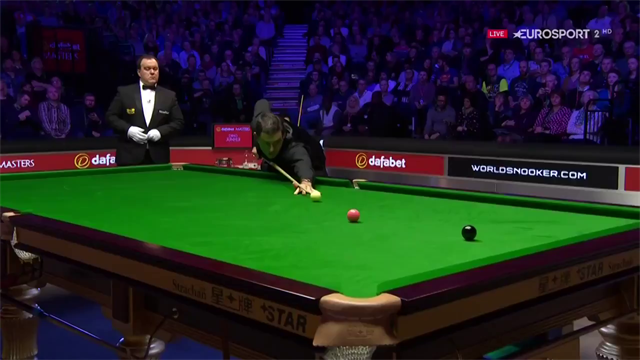 O'Sullivan and Ding share an emotional embrace
