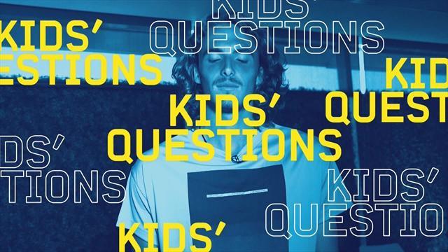 """""""Kids Questions"""" con Tsitsipas: dal supereroe preferito al miglior amico Baghdatis"""