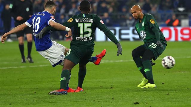 Caligiuri double sends Schalke past Wolfsburg